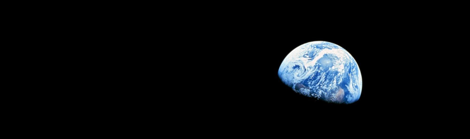 astronomy-earth-lunar-surface-87009 (1)